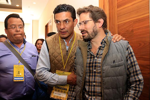 El perredista Martínez Amador será presidente del Congreso 8 meses