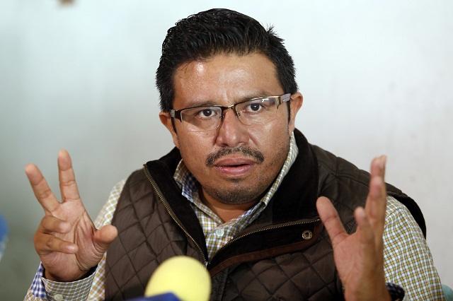 No urge al PRD designar a un suplente de Martínez Amador