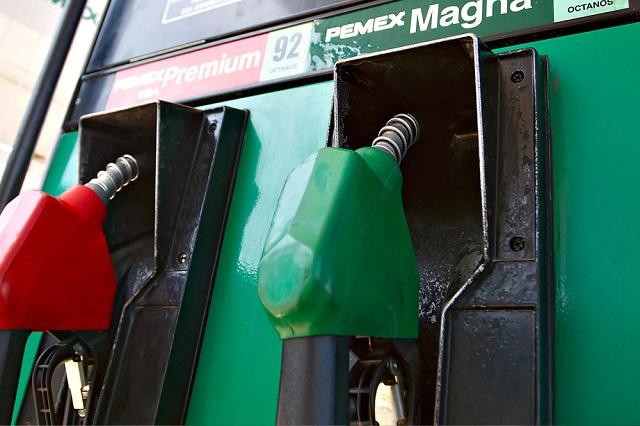 Gasolinas varían 30 centavos en primer fin de semana de precios liberados