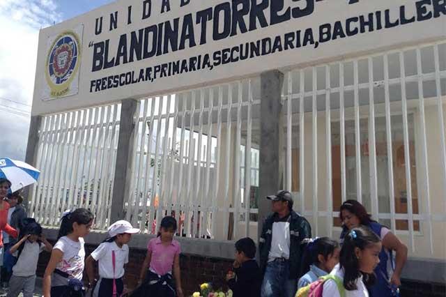 Alta demanda en centros escolares por inicio de preinscripciones
