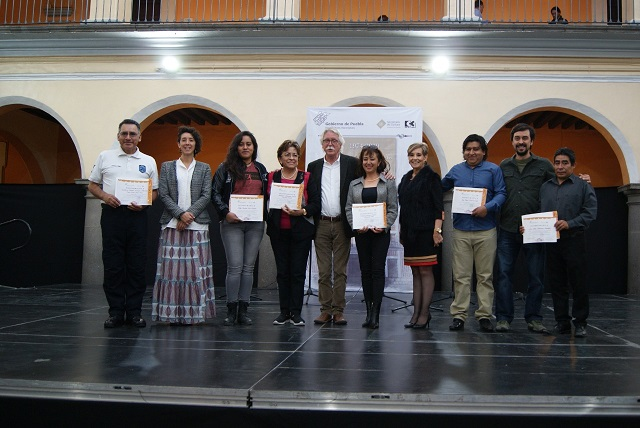 Premia Secretaría de Cultura a ganadores de concurso de ofrendas