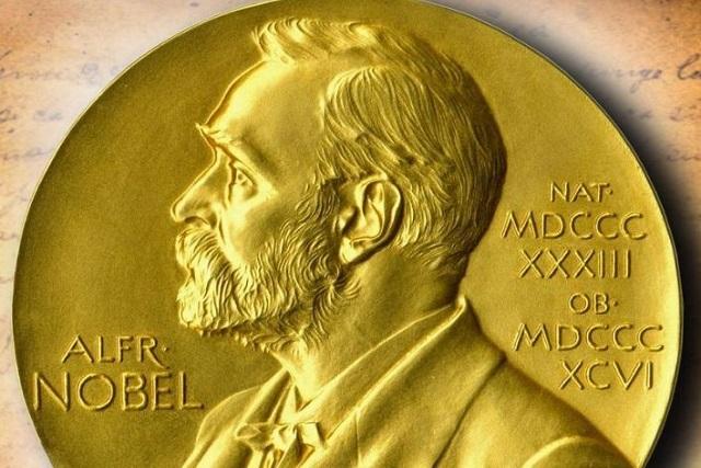 Fundación Nobel entregará dos preseas en la categoría de Literatura