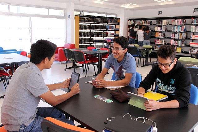 A clases en prepas BUAP, más de 7 mil  estudiantes de nuevo ingreso