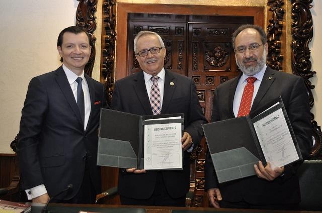 Presentan en la Libre de Derecho Puebla libro sobre el Derecho Civil