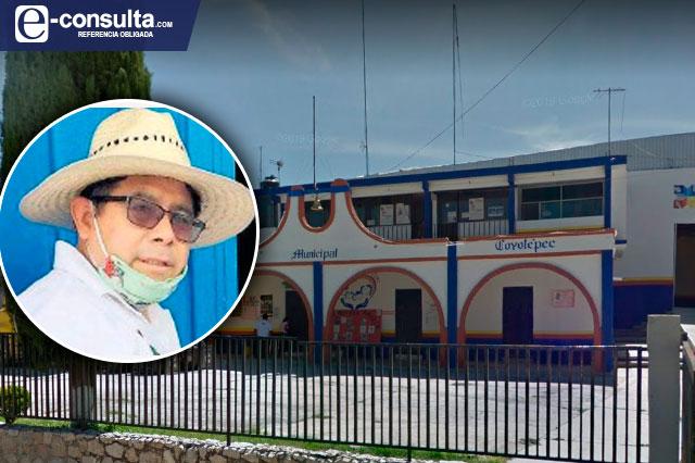Edil de Coyotepec se encierra en la alcaldía para no dar informe
