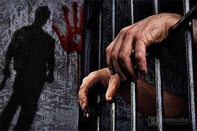 Orden de aprehensión por feminicidio contra el que degolló a su pareja