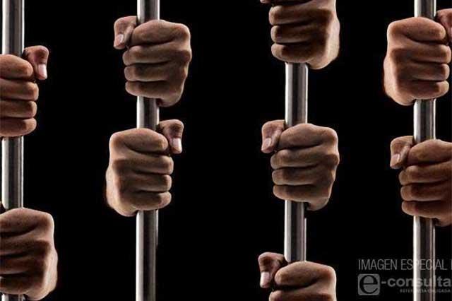 Atención médica a presos no debe ser un favor: 28 de Octubre