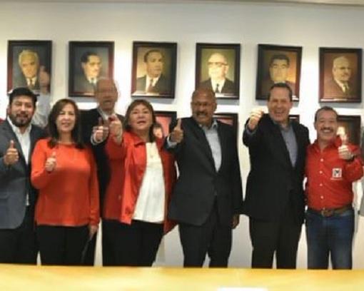 Premian a Rocío García y Guillermo Jiménez como delegados del PRI