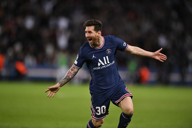 Con golazo y ante Guardiola: así fue el primer gol de Messi con PSG
