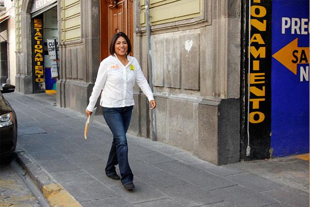 Liberar a presos políticos sería primera acción de gobierno de Roxana