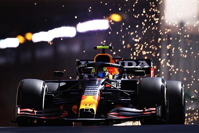 Checo baja de 1ro a 8vo en el primer día de pruebas en Mónaco