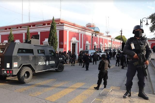 Procesan a policías y mandos de Serdán; siguen presos en Tepexi