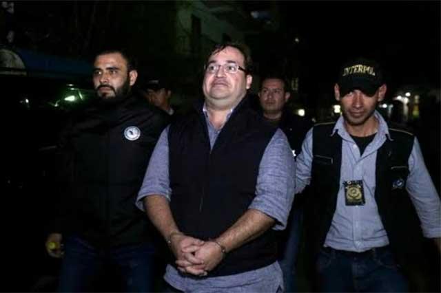 El proceso de extradición de Javier Duarte podría durar hasta un año