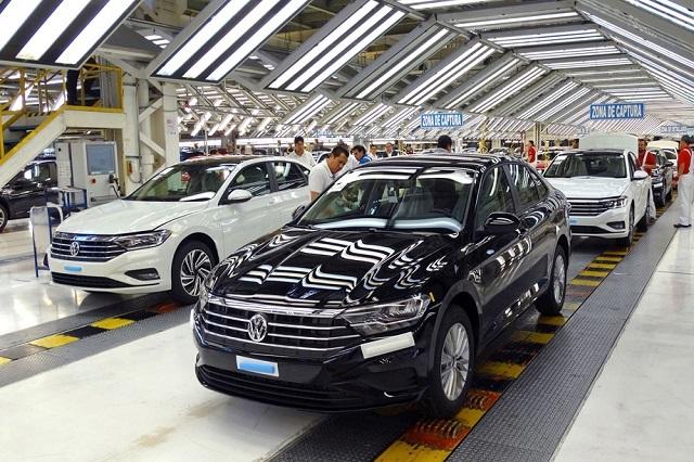 Por quinto mes, caen ventas de Volkswagen en México