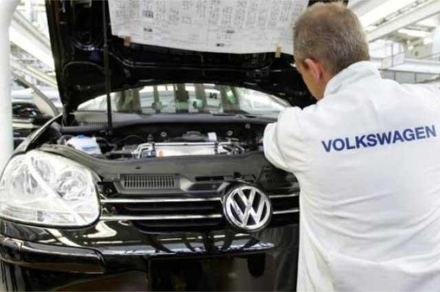 Profeco podría multar a VW con 3.7 mdp por cada motor alterado