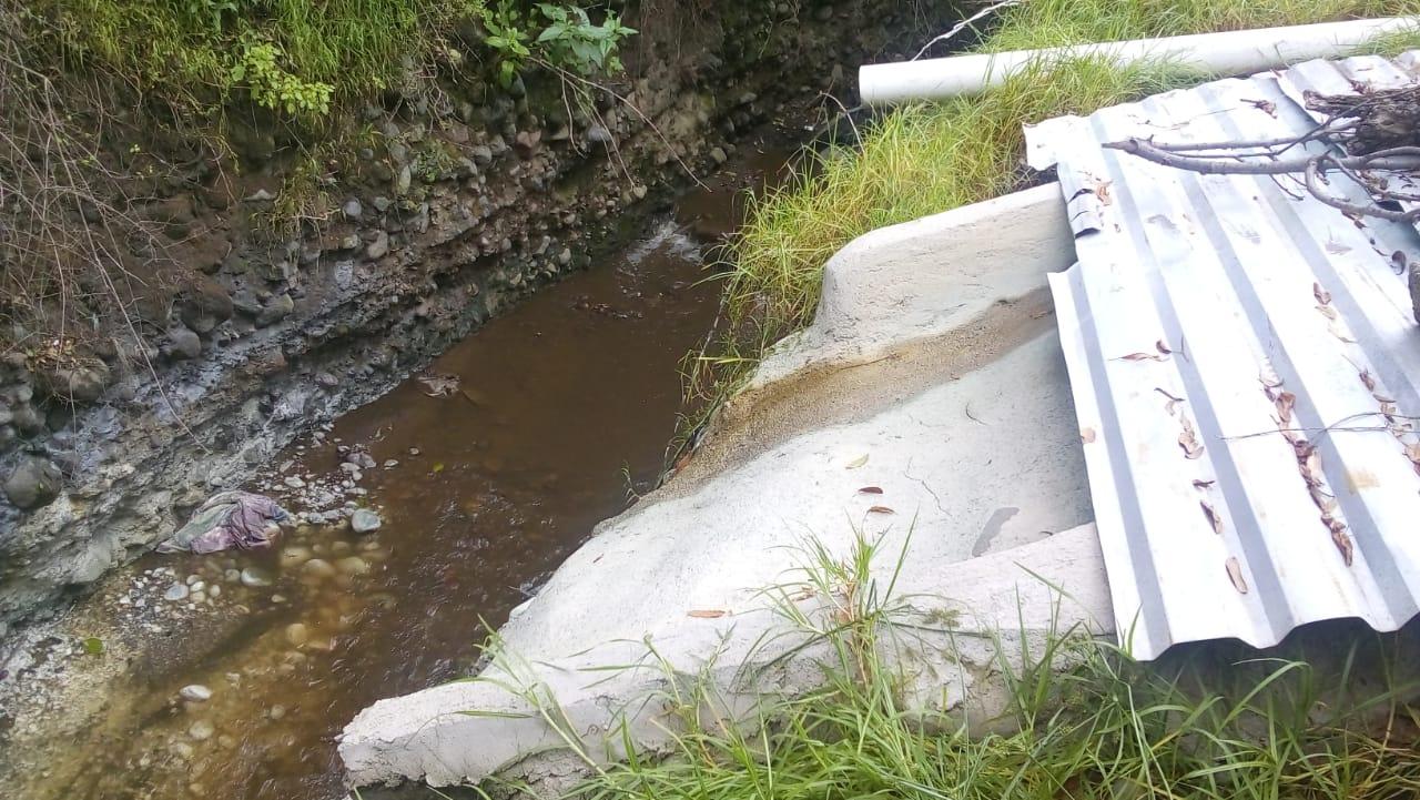 Investiga Profepa vertido de aguas  rojizas en río afluente del Atoyac