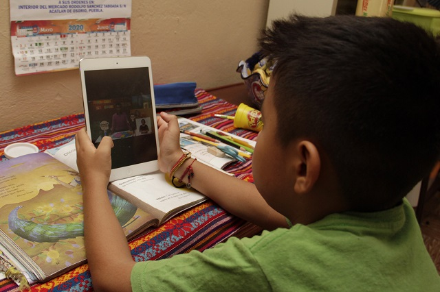 Hasta que alumnos regresen a las aulas, inicia ciclo escolar: Barbosa