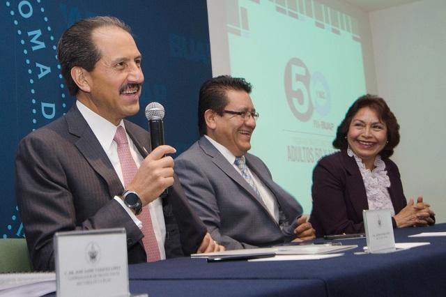 Esparza Ortiz refrenda compromiso de la BUAP con los adultos mayores