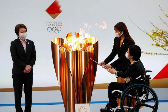 Prohibe gobernador de Osaka paso de antorcha olímpica por sus calles
