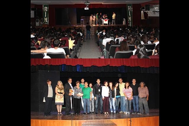 IEE promueve el voto entre jóvenes que votarán por primera vez
