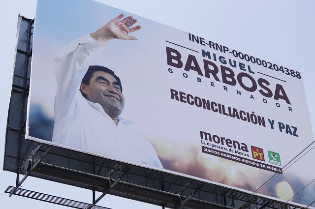 Prohíbe Barbosa propaganda electoral en transporte y espectaculares
