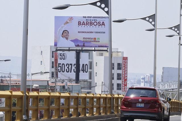Dan diputados manga ancha a Barbosa sobre espectaculares