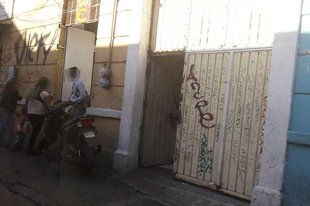 Reabren 48 horas después los prostíbulos cateados en Puebla