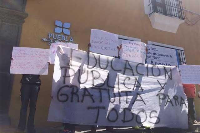 Condicionan inscripción escolar en Tehuacán, denuncian ante la SGG
