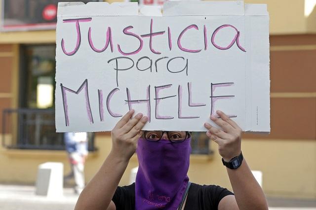 Exigen legisladoras frenar feminicidios y violencia familiar en Puebla
