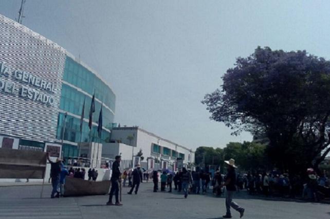 Manifestación de la 28 de Octubre del mercado Zapata a casa Aguayo