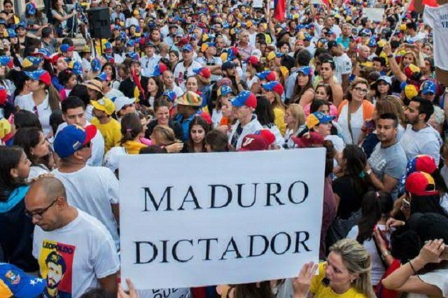 Mueren un militar y 2 manifestantes durante protestas en Venezuela