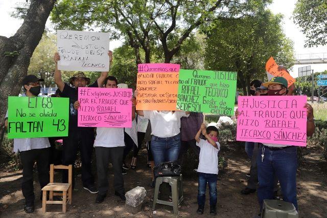 Protestan ante FGE por fraude en San Andrés Cholula