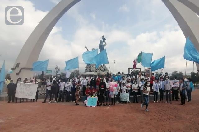 Marcharon a favor de la vida en calles de Tehuacán