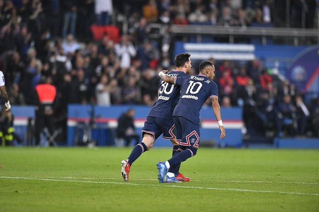 PSG consigue dramática victoria en Ligue 1; Messi, un espectador