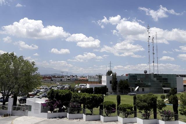 Traban aguinaldos de cesados de Puebla Comunicaciones