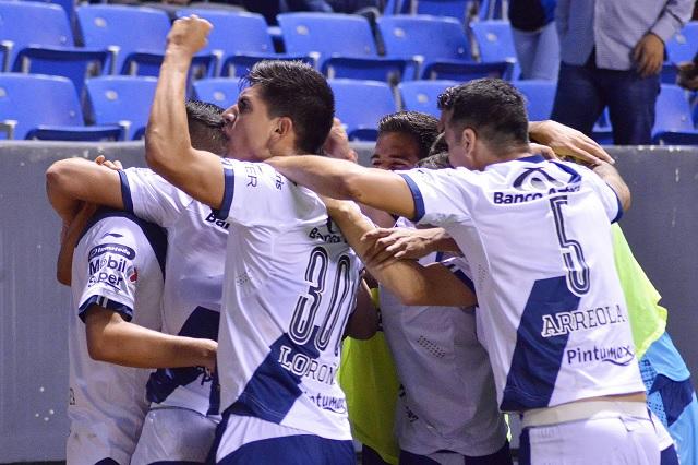 Puebla respira tras victoria de 2-1 ante Monterrey
