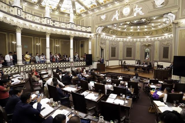 Se atrasa Puebla en ley y comité ciudadano anticorrupción