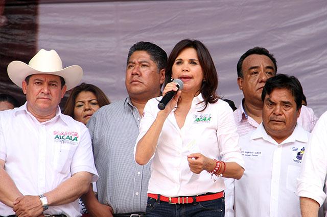 Mesa de diálogo con gobierno tiene que ser pública: Alcalá