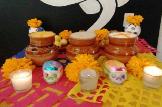 Lanzan pulque con sabor a flor de cempasúchil y hojaldra