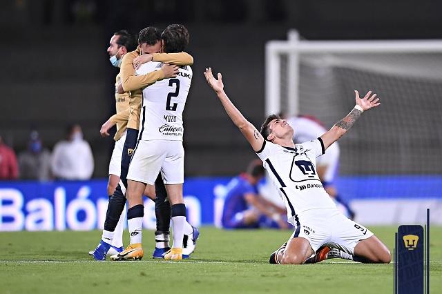 La 'cruzazuleada' del año: Pumas remonta el 4-0 en CU y avanza a la Final