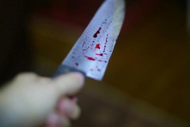 Agente de la SSP apuñala a ex novio de su pareja