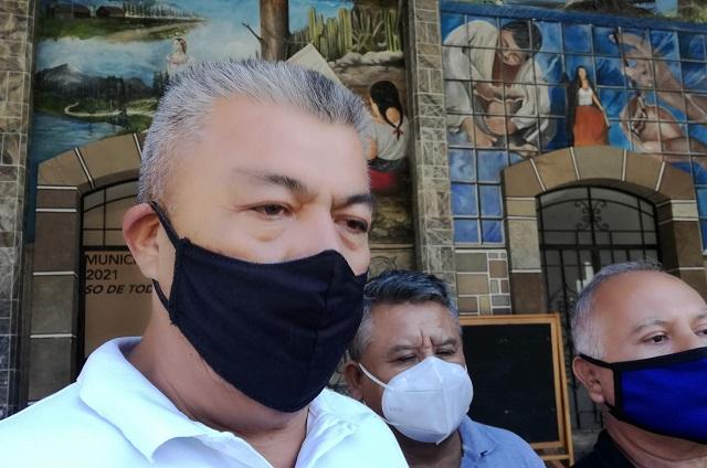 Lavan y sanitizan mercado La Purísima por rebrote de Covid-19