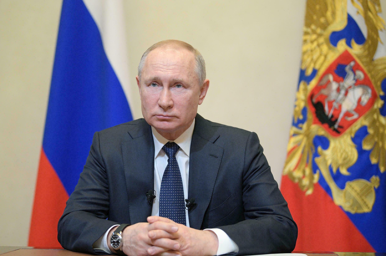 Putin critica avance en derechos de homosexuales y transgénero