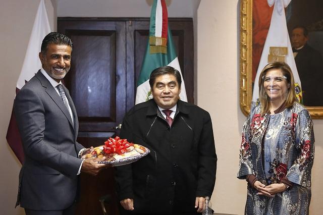 Dialoga Barbosa con embajador de Qatar para agenda bilateral