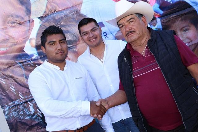 Quecholac contrata estomatólogo para Palmarito Tochapan