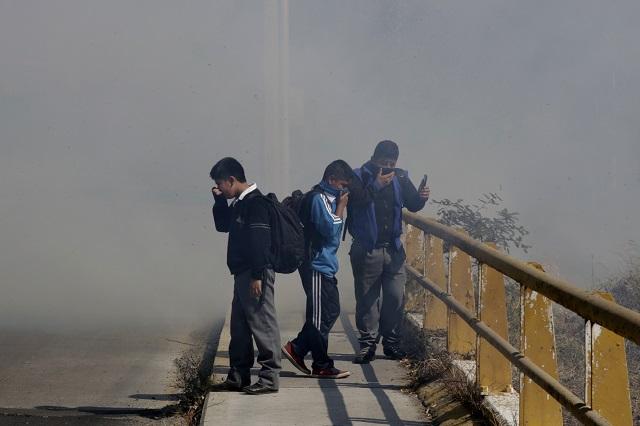 Quema de pastizal en Zona Militar humea norte y oriente de Puebla