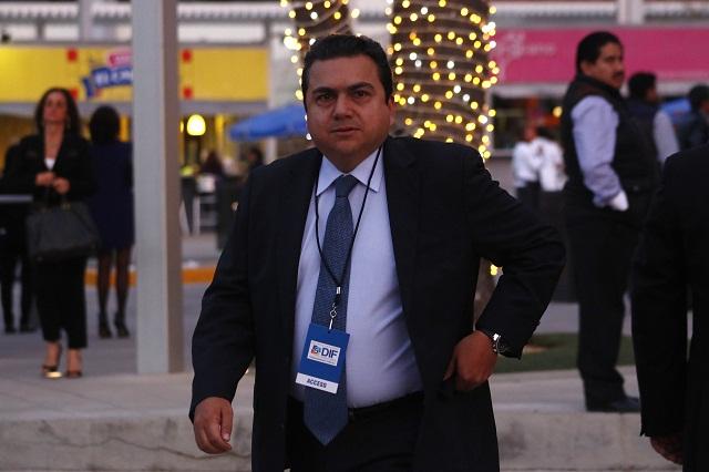 Roberto Moya va como suplente de Moreno Valle al Senado