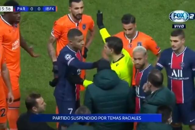 Insólito: PSG y Estambul abandonan partido por presunto racismo de árbitro