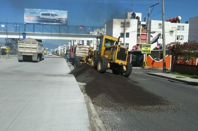 Por obras en Periférico, rampas provisionales en Loma Bella