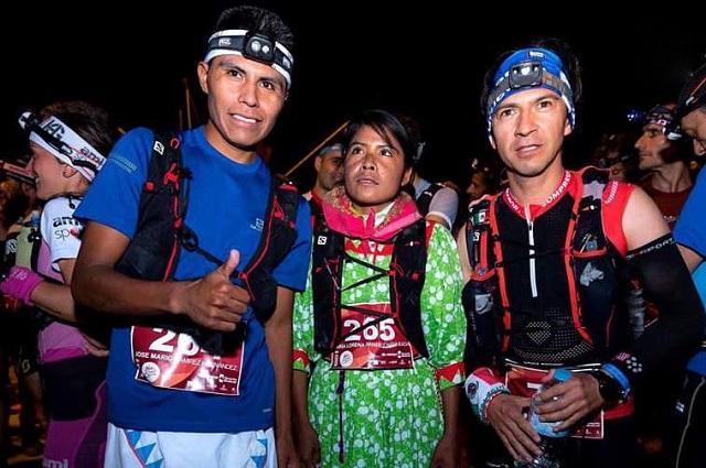 Con huaraches y vestido, rarámuri Lorena Ramírez es tercera en ultramaratón
